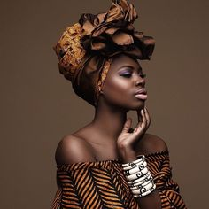 curlswithlove:Fly! @findingpaola #wrapyourcrown #wrapyourcrownwednesday