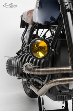 bmw classic cars in india Bike Bmw, Cafe Bike, Bmw Cafe Racer, Cafe Racer Build, Cafe Racer Motorcycle, Moto Bike, Cool Motorcycles, Bicycle, Vintage Cafe Racer