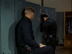Lincoln X-ray Ida: My blog about Adam-12: Log 23: Pig is a Three-Letter Word (Episode 4, Season 2) ~~ learning the fate of a young victim of molestation. Poor Jim. I'd have lost my shit too :(