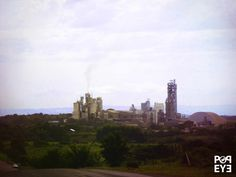 Read more at: http://www.popeyeproduction.com/hima-cement-factory-swamp-uganda/ | Hima, cement in the swamp | Hima - It isn't the scenario of a movie by Mel Gibson. That's the city of Hima, the second biggest cement factory in Uganda. The Hima Cement Limited, related to the French Lafarge, lays on the highway that links the cities of Kasese and Fort Portal.