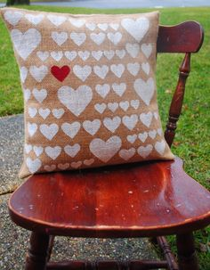 Two It Yourself: DIY Pottery Barn 'Heart' Pillow Knockoff