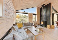 Lækkert feriehus med overdækket terrasse tæt på stranden Patio, Outdoor Decor, Home Decor, Decoration Home, Room Decor, Home Interior Design, Home Decoration, Terrace, Interior Design
