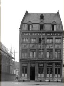 x hotel de la poste hoek vriethof en staotenstraot links postkantoer Multi Story Building, Louvre, Travel, Viajes, Destinations, Traveling, Trips