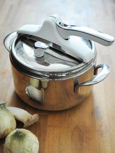 Kitchen Tool : 海外の美しいデザインとプロフェッショナルツール/「ラゴスティーナ」の「圧力鍋ドミナビアンカ」 #kitchentools