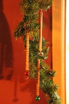 Simple Cinnamon Stick Ornaments