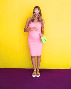 Hello Summer! Pink H&M Midi Bodycon Dress, Gold Aldo Gladiator Sandals, Neon Green Purse, Green Ray-Ban Aviator Sunglasses, Maternity Style, Pregnancy Outfit Ideas. || Cocofashionista.com