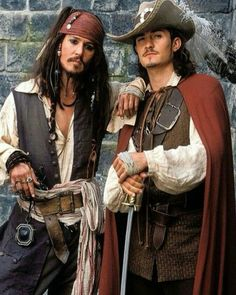 Captain Jack Sparrow / Johnny Depp & Will Turner / Orlando Bloom - Pirates of the Caribbean - the Curse of the Black Pearl Will Turner, Captain Jack Sparrow, Sparrow Pictures, Orlando Bloom Legolas, Matthew Fox, Johny Depp, Pirate Life, Chef D Oeuvre, Hommes Sexy
