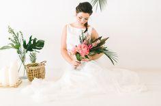 """Um so mehr freuen wir uns, dass unser """"federleicht"""" Brautkleid Zweiteiler Camille jetzt Teil eines wunderschönen Inspirationsshoots von Katja…"""