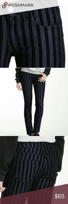 """ROMEO+JULIET COUTURE Velvet Stripe Skinny Jeans ROMEO+JULIET COUTURE Dark Denim Velvet Stripe Skinny Jeans  Dark denim with velvet stripes Zip fly with button closure 5-pocket Light stretch Approx. 7.75"""" rise, 30"""" inseam 73% cotton, 26% polyester, 1% spandex Machine wash  Sizing conversion:  24=00 26=2 27=4 Romeo & Juliet Couture Jeans Skinny"""