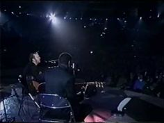 Clapton + his Lowden guitar - Change the World'97