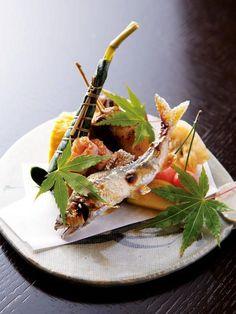 京懐石 Asian Recipes, Gourmet Recipes, Cooking Recipes, Japanese Dishes, Japanese Food, Food Design, Food Porn, Sashimi, Food Decoration