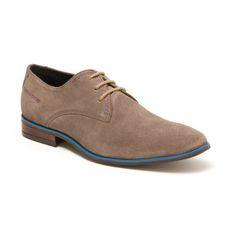 Derby - Daim   Outre l'allure, ce dont on veut être sûrs, c'est d'avoir une paire de chaussures confortables. Avec ces semelles en élastomère, Mc Finlay relève le défi d'allier style et détente pour compléter toutes vos tenues.    Dessus : daim Doublure : cuir Semelle : élastomère