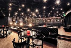 The top floor of the club and scene of the Munch in chapter 69