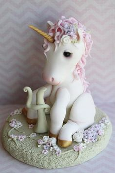 Unicorn cake (example for polymer clay) But what is that between its legs? (cute things to bake) Cupcakes, Cupcake Cakes, Beautiful Cakes, Amazing Cakes, Fondant Animals, Horse Cake, Animal Cakes, Sugar Craft, Cake Images