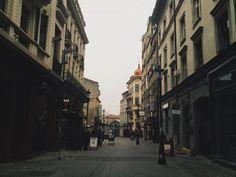 bairro lipscani bucareste romenia Belle Epoque, Street View, Places, Walking, Travel Tips, City, Shops, Street, World