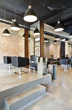 Kappersstoelen bij Velvet Monkey in Almelo #kapsalon #interieur