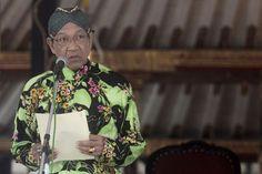 Sri Sultan Hamengkubuwono X Ikut Amnesti Pajak - CNN Indonesia