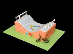 Bmx Half Pipe Ramp Cake The Cake Board Is 20 X 14 Its A Biggie The Bike Is A Mini Toy That The Customer Provided