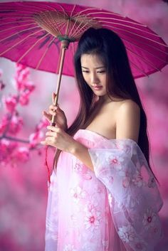 geisha, japan, and kimono image Japanese Beauty, Asian Beauty, Beautiful Asian Women, Beautiful People, China Girl, Traditional Dresses, Asian Fashion, Chinese Fashion, Asian Woman
