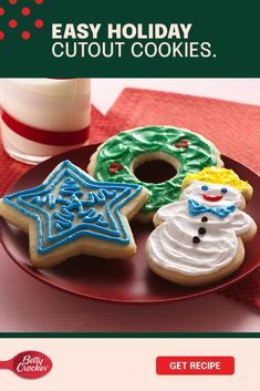 Let's be honest, the best part of making cookies is decorating them — especially if the kids add their perfectly imperfect final touches. These Easy Holiday Cutout Cookies, made with Betty Crocker cookie mix, will help you bring cheer into your kitchen in no time. Then comes the colorful icing! Use Betty Crocker whipped fluffy white frosting and assortment of icings to add character to these fun little cookies. Christmas Pies, Christmas Cooking, Christmas Desserts, Christmas Treats, Making Cookies, Cut Out Cookies, How To Make Cookies, Cookie Desserts, Easy Desserts
