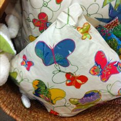 Cute appliqué pillow...could I make?
