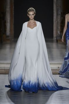 Tony Ward Haute Couture Fall 2015 This looks like an ice queen outfit