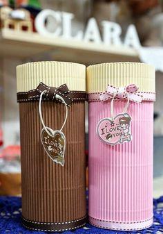 Caja de regalo cilíndrica con cartón corrugado :lodijoella: