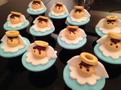 Cupcake de anjinhos para batizado...