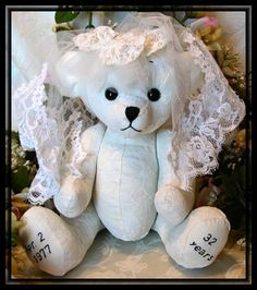 Handmade Memory Bears from your wedding dress & veil! A beautiful keepsake for you or a gift for your first born.