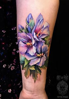 unusual tattoos Pictures of tattoos in unusual places - unusual tattoos Picture. - unusual tattoos Pictures of tattoos in unusual places – unusual tattoos Pictures of tattoos in u - Pretty Flower Tattoos, Beautiful Tattoos, Floral Back Tattoos, Realistic Flower Tattoo, Colorful Flower Tattoo, Flower Tattoo Designs, Rose Tattoos, Body Art Tattoos, Spine Tattoos