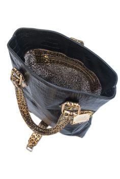 JACKY Croco negro y Cuero floater chita, herrajes bañados en oro  TIENDA ONLINE: http://www.valecanale.com.ar/#!/producto/17 FAN PAGE: https://www.facebook.com/ValeCanaleBagsDesign TWITTER: @valecanalebags