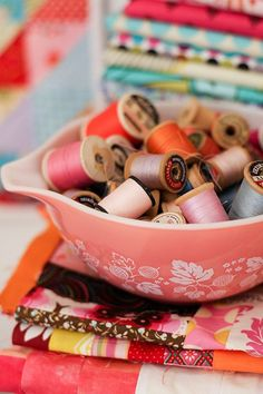 Colouful gathering of vintage thread in an old pyrex bowl - love it!