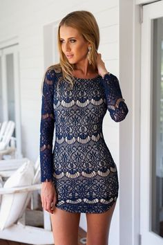 Kimchi blue Long-sleeve Scallop-edge Lace Bodycon Dress in Blue | Lyst