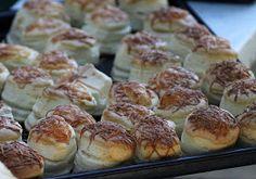 Babette: Vajas pogácsa Pretzel Bites, Pizza, Bread, Baking, Ethnic Recipes, Minden, Food, Brot, Bakken