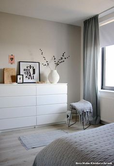 Ikea Malm Wardrobe Scandinavian Bedroom with Bedroom Decor by Holly . - Ikea Malm Wardrobe Scandinavian Bedroom with Bedroom Decor by Holly … (Diy Decoracion Habitacion - Bedroom Decor On A Budget, Home Decor Bedroom, Bedroom Ideas, Malm Wardrobe, Ikea Bedroom, Master Bedroom, Scandinavian Bedroom, Room Interior, Interior Colors