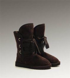 UGG Short Roxy 5828 Chocolate Boots http://www.salesnowboots.com/ugg-short-roxy-5828-chocolate-boots-p-467.html