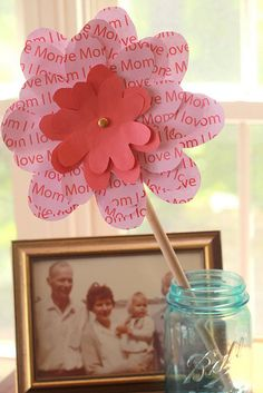 """""""I Love Mom"""" Paper Flower - Mother's Day craft"""