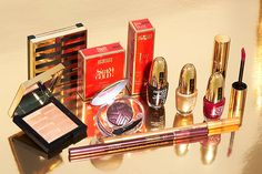 #staygold #makeup #christmas #christmascollection #makeupcollection #limitededition