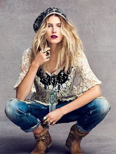 Shop Oct 12 Catalog at Free People Clothing Boutique: Dree Hemingway wearing Dream Collective's Snake Eyes Ring and Slice Ring Hippie Style, Gypsy Style, Boho Gypsy, Bohemian Style, Boho Chic, Boho Hippie, Betsey Johnson, Dree Hemingway, Estilo Hippie