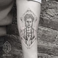Love Frida Kahlo Tattoos, source of inspiration - chic better Frida Tattoo, Frida Kahlo Tattoos, Baby Tattoos, Line Tattoos, Tatoos, Gear Tattoo, Black Tattoo Art, Wedding Tattoos, Sunflower Tattoos