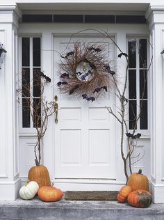 A batty Halloween front door