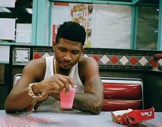 Usher Quotes, Usher Songs, Usher Raymond, New Girlfriend, Motown, Celebs, Celebrities, Best Dad, Rey