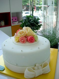 Pretty Cakes for Women | 60th rose cake by kim hyeyoung 60th bacon cake by bill