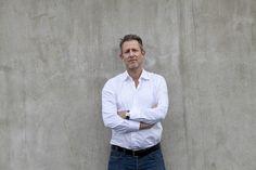 In 2010 richtte Ruud Hendriks samen met Patrick de Zeeuw Startupbootcamp op. Startupbootcamp biedt start-ups met een goed doordachte formule de mogelijkheid hun dromen na te jagen. In korte tijd groeide het bedrijf uit tot de belangrijkste accelerator van start-ups in Europa. Het alumninetwerk is verspreid over dertig landen en dit jaar worden vestigingen in New York, Miami en San Francisco geopend.