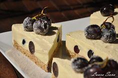Prajitura cu struguri si mousse de vin Cakes And More, Pudding, Sweets, Cookies, Desserts, Mousse, Food, Dessert Ideas, Deserts