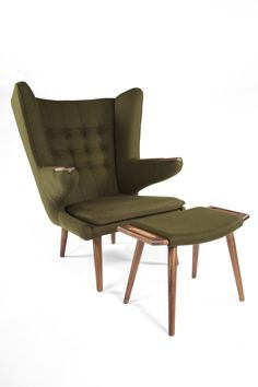 Stilnovo Olsen Lounge Chair and Ottoman with Wood Base, Tapered Legs and Fabric Upholstery in Green