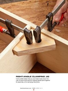 """Woodworking Techniques I saw this in """"Ken's favorite shop tips"""" in The Family Handyman April - As the editor in chief at TFH, Ken has acquired a lot of workshop tips. Here are 18 of his best! Woodworking Techniques, Woodworking Bench, Woodworking Projects, Diy Projects, Woodworking Workshop, Plywood Projects, Project Ideas, Wood Jig, Wood Joints"""