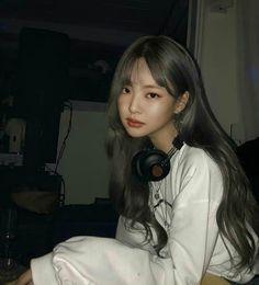 Feeling Ugly, Butterfly Wallpaper Iphone, Friend Anime, Jennie Kim Blackpink, Black Pink Kpop, Fake Photo, Blackpink And Bts, Aesthetic Hair, Blackpink Photos