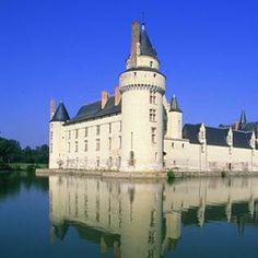 "Chateau du Plessis-Bourré in Anjou Loire Valley .................. #GlobeTripper® | https://www.globe-tripper.com | ""Home-made Hospitality"" 