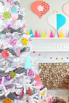 💖 Want a decorating theme that's a cut above the rest? Take a page from our brand ambassador Kara's (Kailo Chic) pretty cut-out tree ornaments and matching wall décor. White Artificial Christmas Tree, Unique Christmas Trees, Colorful Christmas Tree, Christmas Tree Themes, Vintage Christmas, Christmas Crafts, Christmas Ornaments, Christmas Mantels, Whimsical Christmas